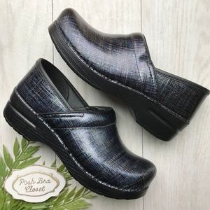 NEW DANKSO Professional Patent Leather Clogs Shoes